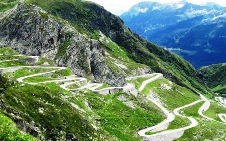 A legkacskaringósabb út - Stelvio-hágó, Olaszország