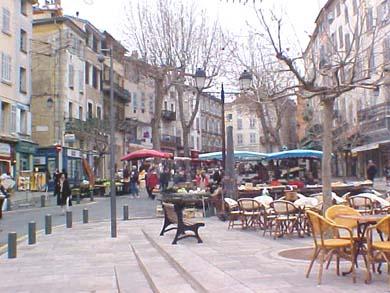 utazás lakóautóval st tropez - Draguignan, belváros