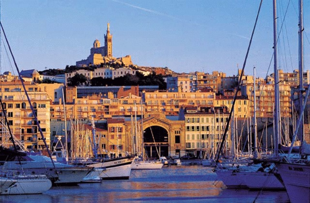 utazás lakóautóval - Marseille, Vieux Port