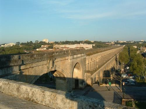 Utazás lakóautóval Montpellier - vízvezeték