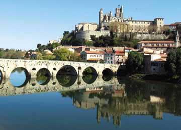 Utazás lakóautóval Béziers látkép