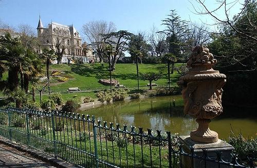 Utazás lakóautóval Béziers, parc des Poetes