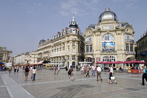 Utazás lakóautóval Montpellier - főtér nappal