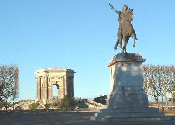 Utazás lakóautóval Montpellier - place de Peyrou