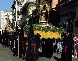 húsvét lakóautóban - procession de la sanch perpignan 2014